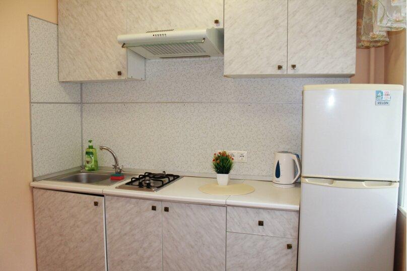 2-комн. квартира, 47 кв.м. на 5 человек, Амурский бульвар, 5/116, Хабаровск - Фотография 12