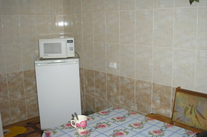 """Гостевой дом """"У Людмилы"""", Приморская, 1 на 5 комнат - Фотография 12"""