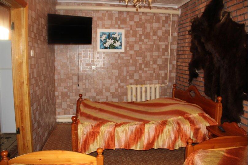 4-х  местный, пос. Подгорный, Заводская улица, 9, Железногорск - Фотография 1