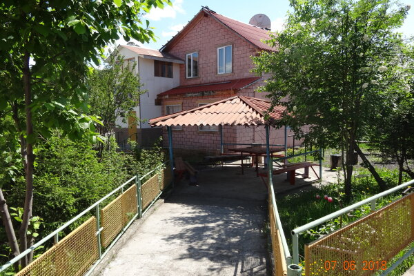 Гостиница на базе отдыха, пос. Подгорный, Заводская улица на 15 номеров - Фотография 1