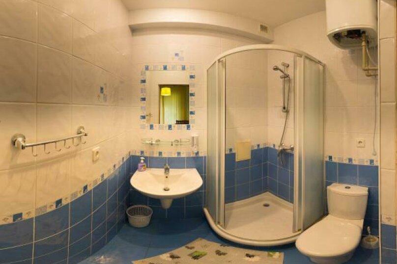 """Отель """"Кедр-Восток"""", улица Ленина, 32А на 12 номеров - Фотография 43"""
