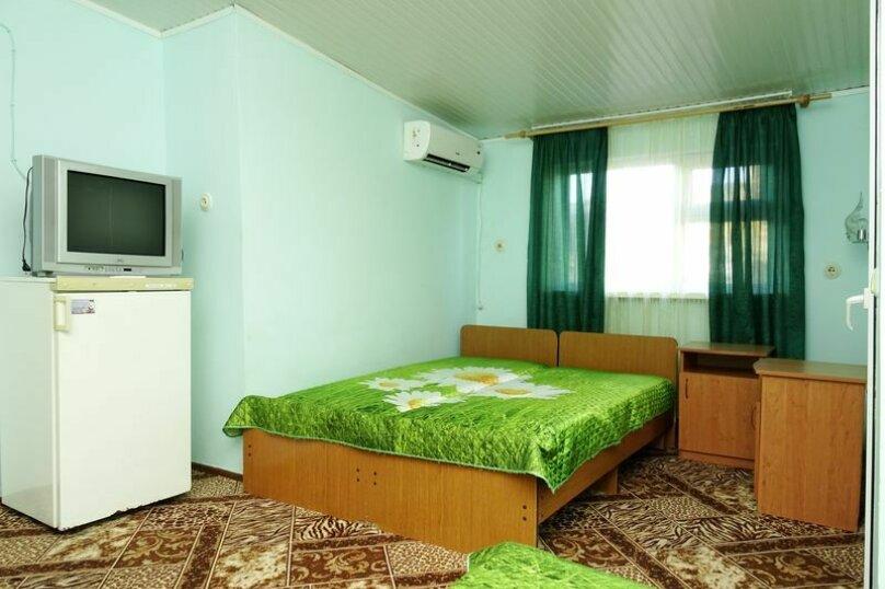 4х местный  номер с удобствами  (мансардный этаж), Пионерский проспект, 213, Анапа - Фотография 1