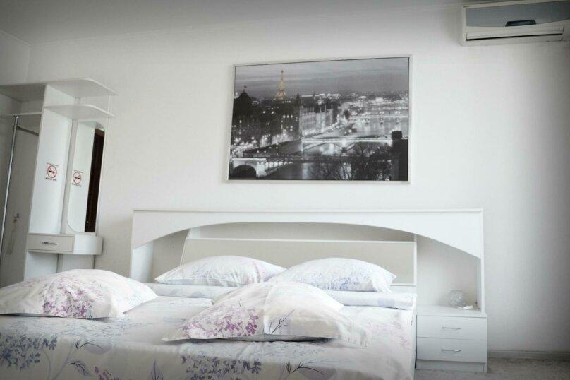 """Отель """"Калифорния"""", Советская улица, 213/2 на 5 номеров - Фотография 17"""
