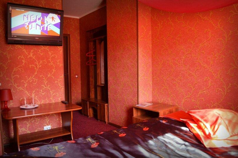 """Отель """"Калифорния"""", Советская улица, 213/2 на 5 номеров - Фотография 43"""