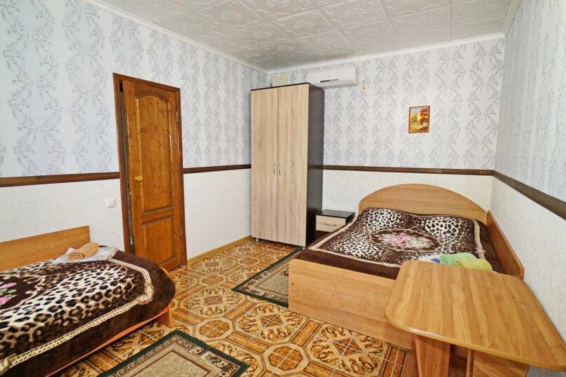 """Гостевой дом """"Кубаночка"""", Кубанская, 3 на 16 комнат - Фотография 34"""