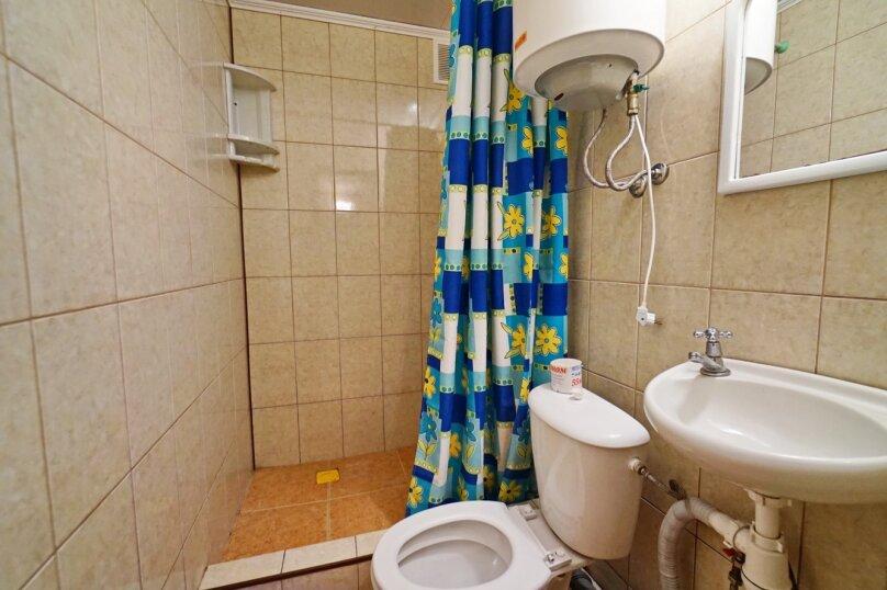 """Гостевой дом """"Кубаночка"""", Кубанская, 3 на 16 комнат - Фотография 37"""