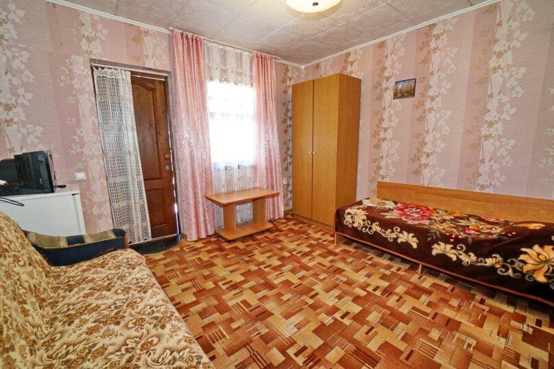 """Гостевой дом """"Кубаночка"""", Кубанская, 3 на 16 комнат - Фотография 41"""