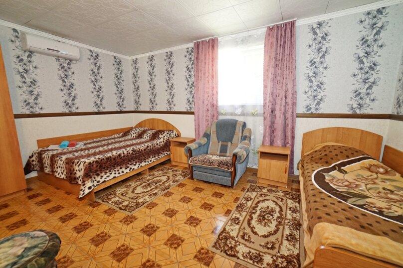 """Гостевой дом """"Кубаночка"""", Кубанская, 3 на 16 комнат - Фотография 46"""