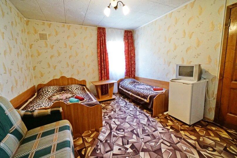 """Гостевой дом """"Кубаночка"""", Кубанская, 3 на 16 комнат - Фотография 66"""