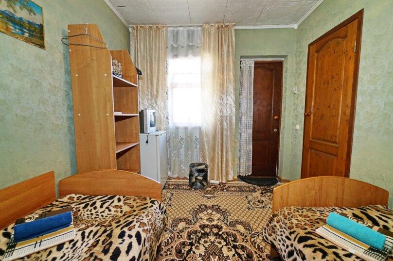 """Гостевой дом """"Кубаночка"""", Кубанская, 3 на 16 комнат - Фотография 74"""