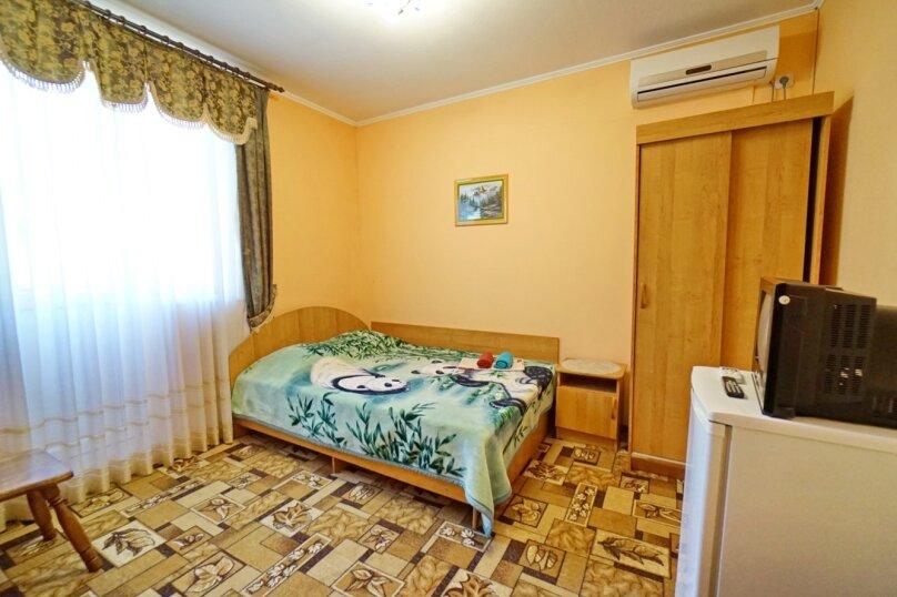 """Гостевой дом """"Кубаночка"""", Кубанская, 3 на 16 комнат - Фотография 78"""