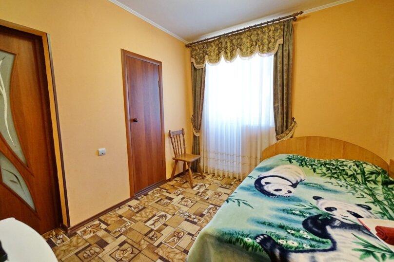 """Гостевой дом """"Кубаночка"""", Кубанская, 3 на 16 комнат - Фотография 80"""