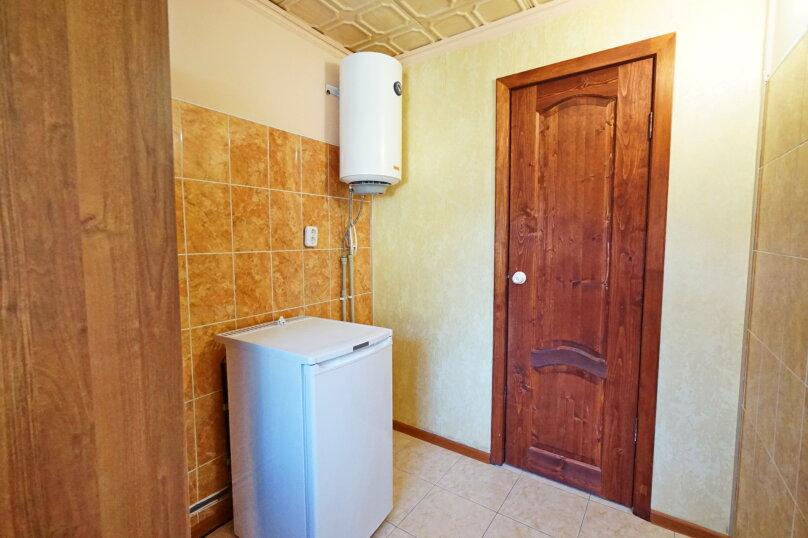 """Гостевой дом """"Кубаночка"""", Кубанская, 3 на 16 комнат - Фотография 125"""