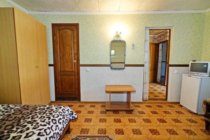 """Гостевой дом """"Кубаночка"""", Кубанская, 3 на 16 комнат - Фотография 107"""