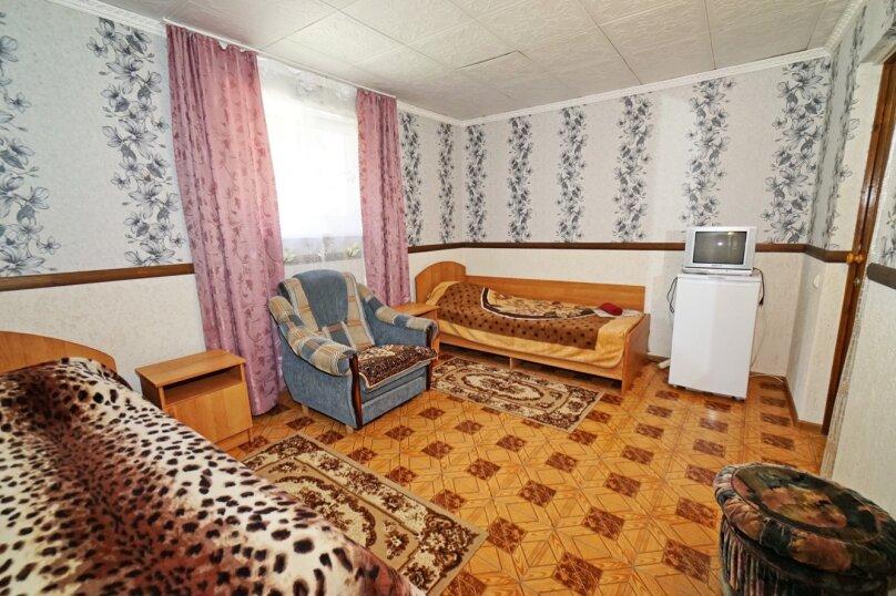 """Гостевой дом """"Кубаночка"""", Кубанская, 3 на 16 комнат - Фотография 103"""