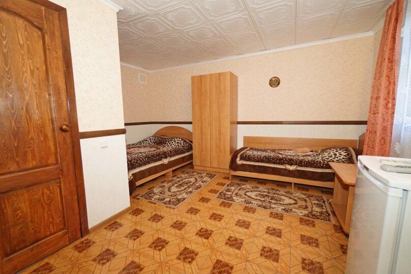 трехместный №5, Кубанская, 3, Ольгинка - Фотография 1