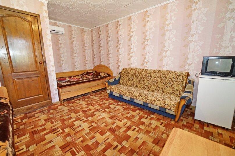 """Гостевой дом """"Кубаночка"""", Кубанская, 3 на 16 комнат - Фотография 99"""