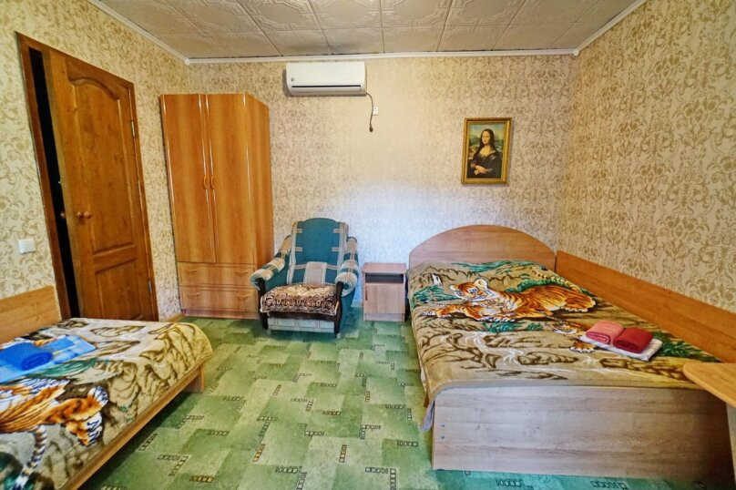 трехместный №10, Кубанская, 3, Ольгинка - Фотография 1