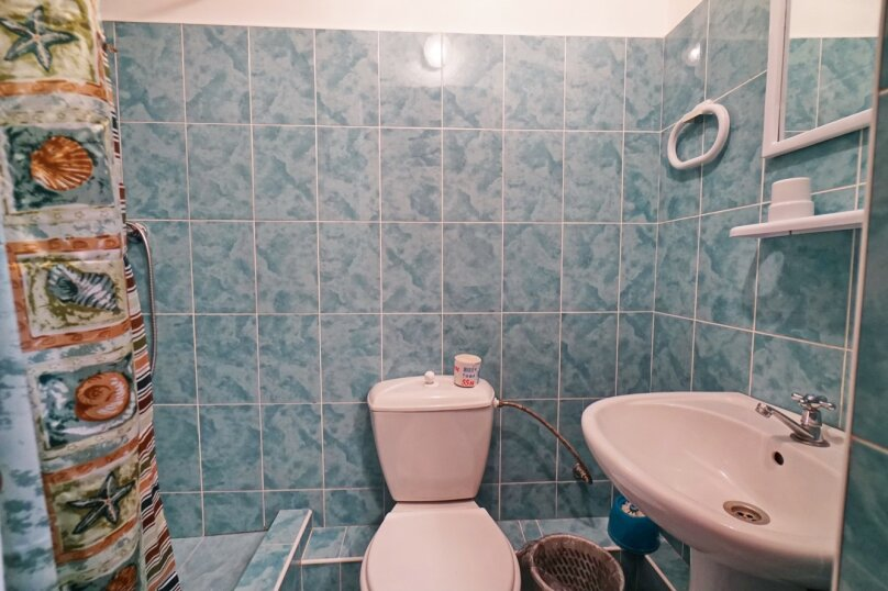 """Гостевой дом """"Кубаночка"""", Кубанская, 3 на 16 комнат - Фотография 120"""