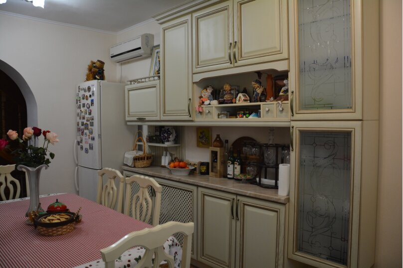 """Гостевой дом """"Юлия"""", пер.Школьный, 44 на 7 комнат - Фотография 22"""
