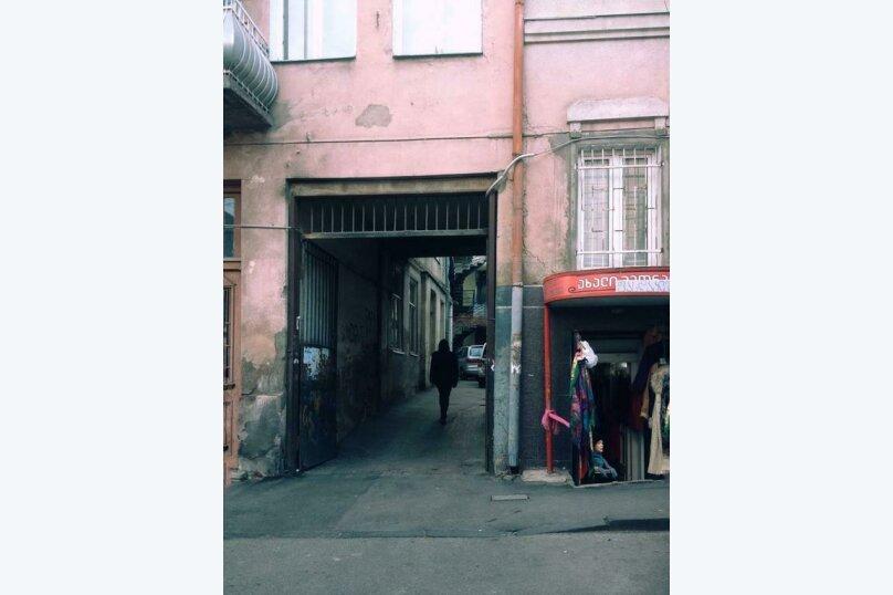 """Отель """"Valdi Hostel Tbilisi"""", улица Грибоедова, 16 на 5 номеров - Фотография 3"""