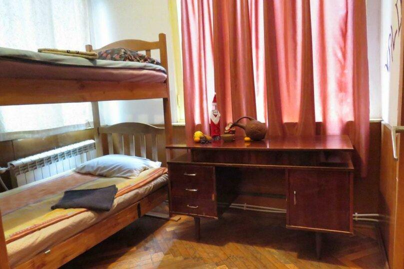 """Отель """"Valdi Hostel Tbilisi"""", улица Грибоедова, 16 на 5 номеров - Фотография 11"""