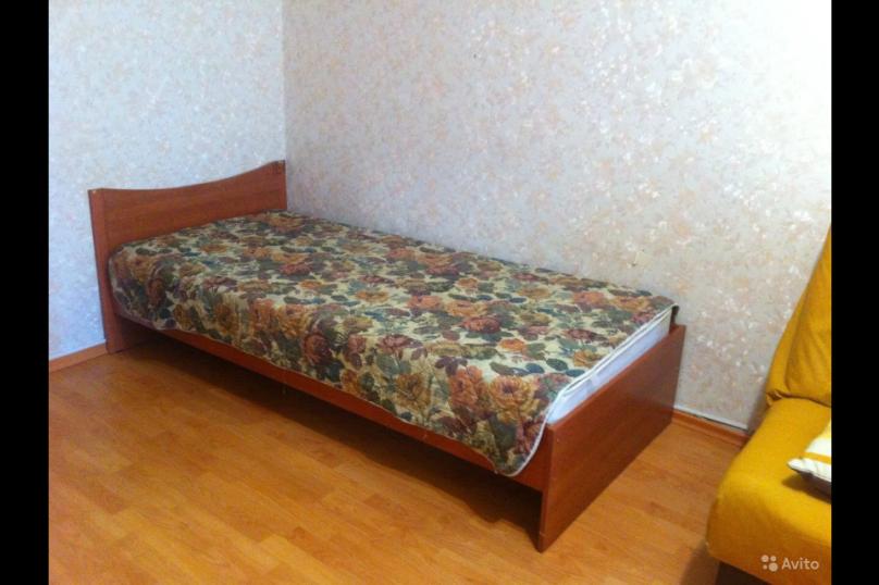 1-комн. квартира, 35 кв.м. на 3 человека, улица Максима Горького, 10, Петрозаводск - Фотография 8