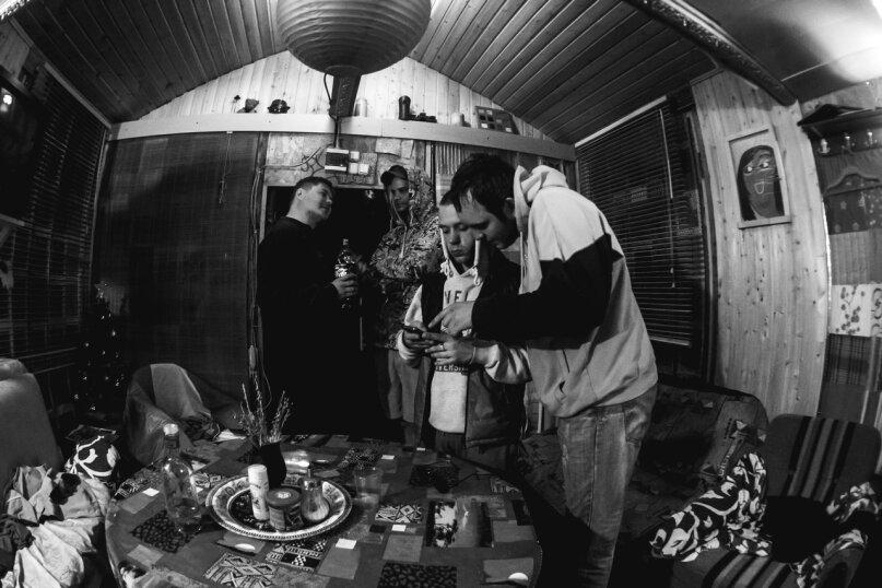 Коттедж в лесу с баней, 90 кв.м. на 15 человек, Рахья, Строителей, уч 4, Санкт-Петербург - Фотография 42