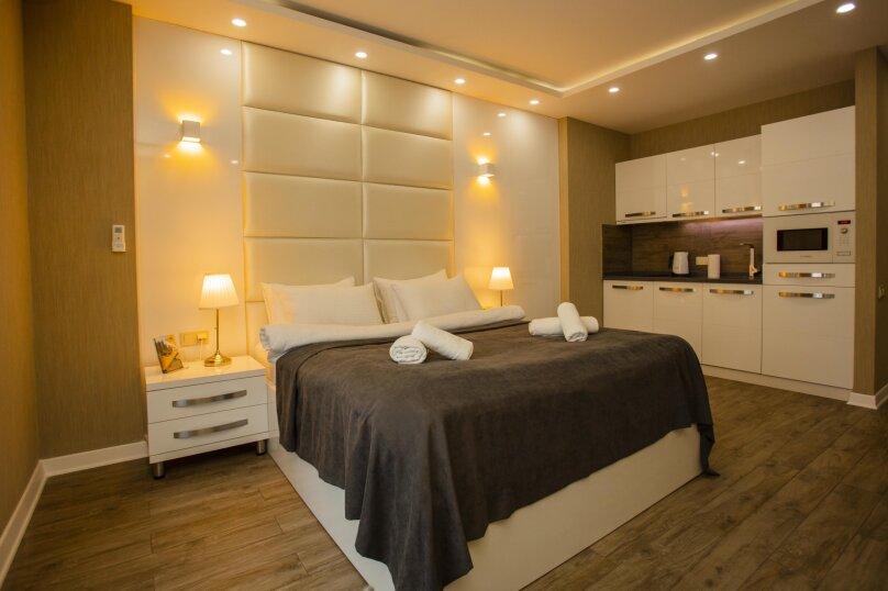 """Отель """"Holiday Check Inn Batumi"""", улица Шерифа Химшиашвили, 15 на 15 номеров - Фотография 23"""