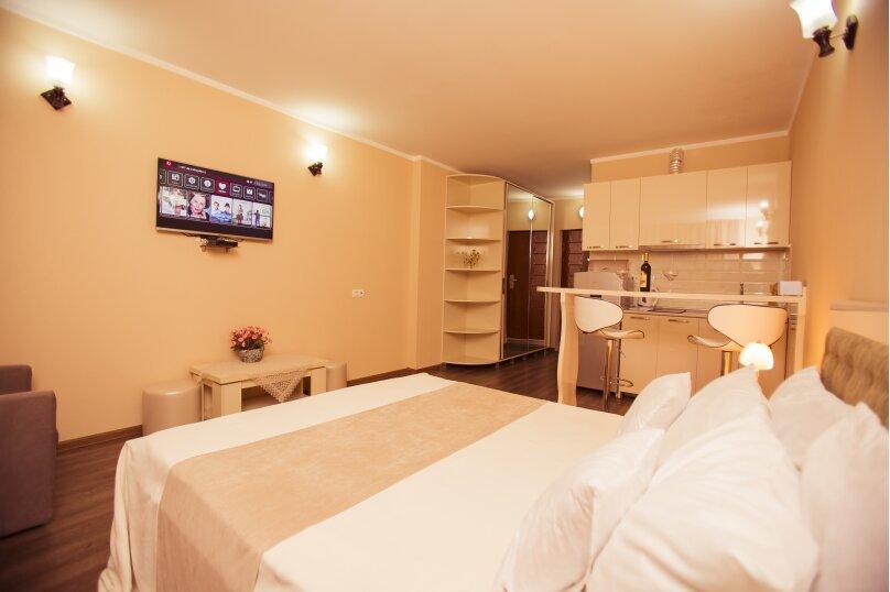 """Отель """"Holiday Check Inn Batumi"""", улица Шерифа Химшиашвили, 15 на 15 номеров - Фотография 2"""