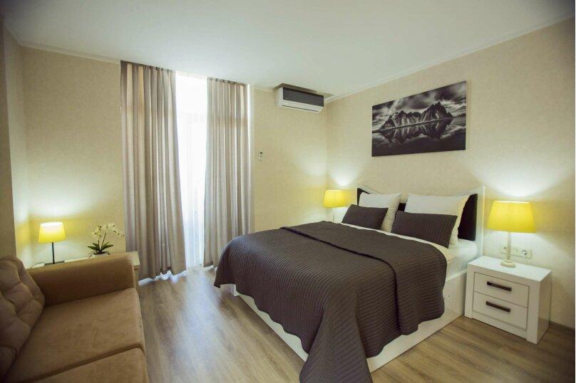 """Отель """"Holiday Check Inn Batumi"""", улица Шерифа Химшиашвили, 15 на 15 номеров - Фотография 3"""
