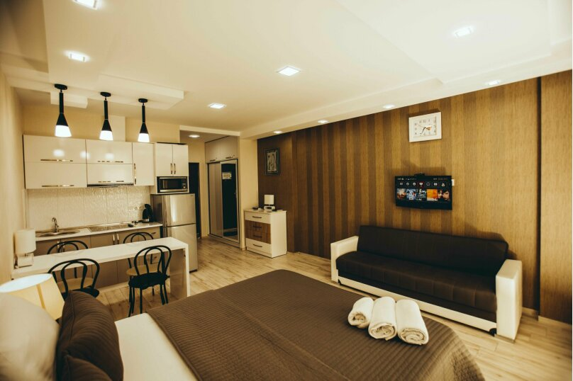 """Отель """"Holiday Check Inn Batumi"""", улица Шерифа Химшиашвили, 15 на 15 номеров - Фотография 5"""