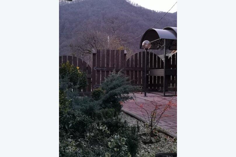 """Гостевой дом """"HappyHouse-Polyana"""", улица ГЭС, 21/1 на 2 комнаты - Фотография 8"""