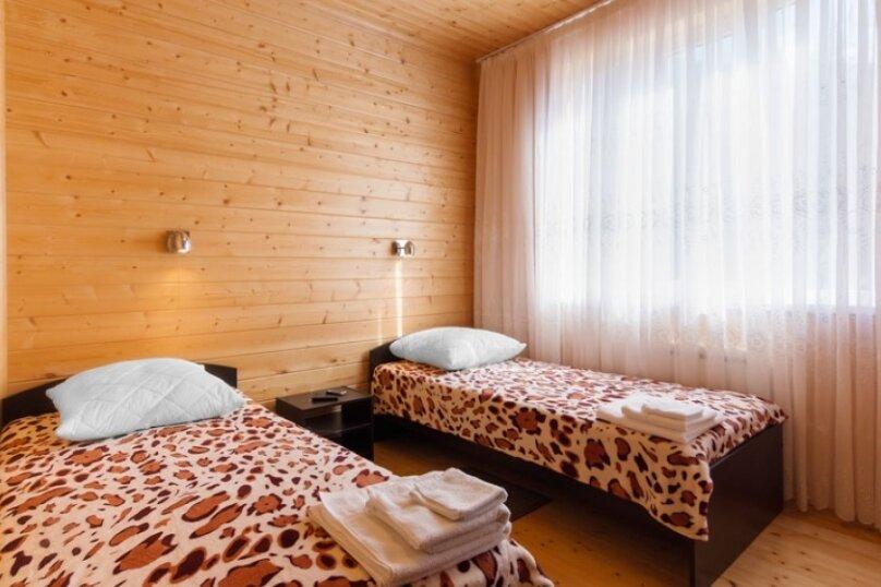 """Гостевой дом """"HappyHouse-Polyana"""", улица ГЭС, 21/1 на 2 комнаты - Фотография 10"""