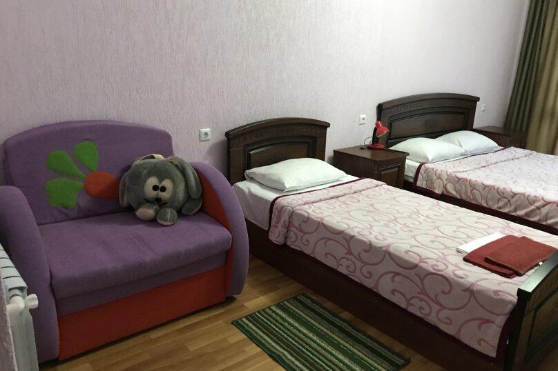 """Гостевой  дом """"4 сезона"""", улица Декабристов, 165Ж на 12 комнат - Фотография 18"""