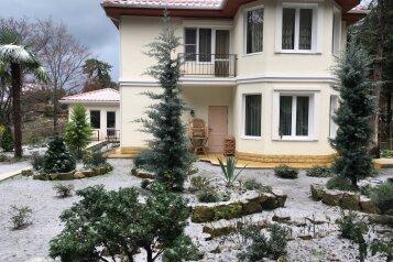 Гостевой  дом Район Уч-Дере, улица Семашко на 3 номера - Фотография 1