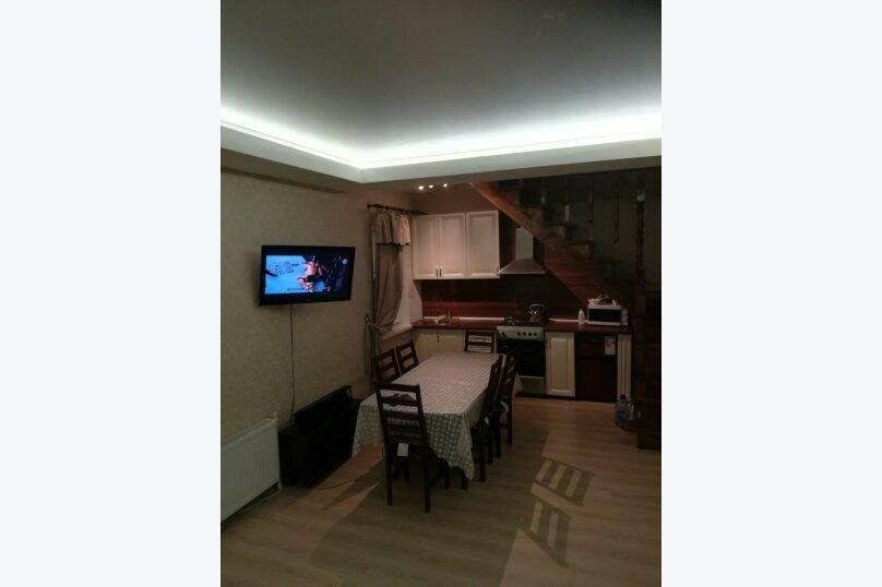 Дом, 130 кв.м. на 12 человек, 3 спальни, дер. Зеленая Поляна, ул. Дружбы, 1, Банное - Фотография 2