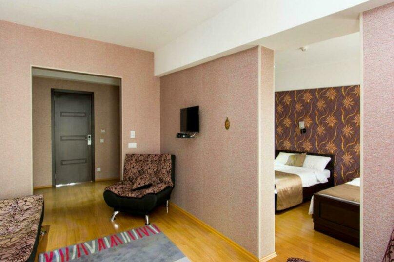 """Отель """"New Hotel"""", улица Гарекахети, 9 на 15 номеров - Фотография 27"""