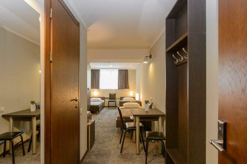 """Отель """"Reverence"""", улица Мераба Костава, 47 на 7 номеров - Фотография 32"""