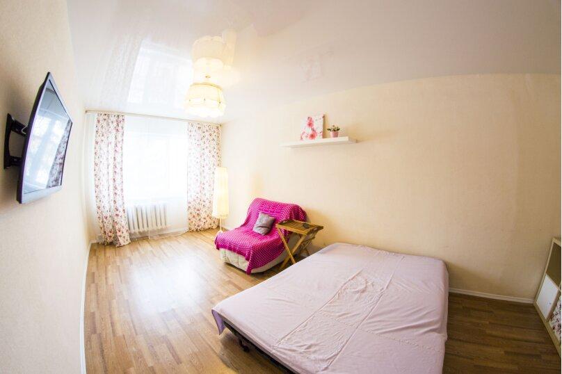 2-комн. квартира, 50 кв.м. на 5 человек, улица Котовского, 16, Омск - Фотография 4