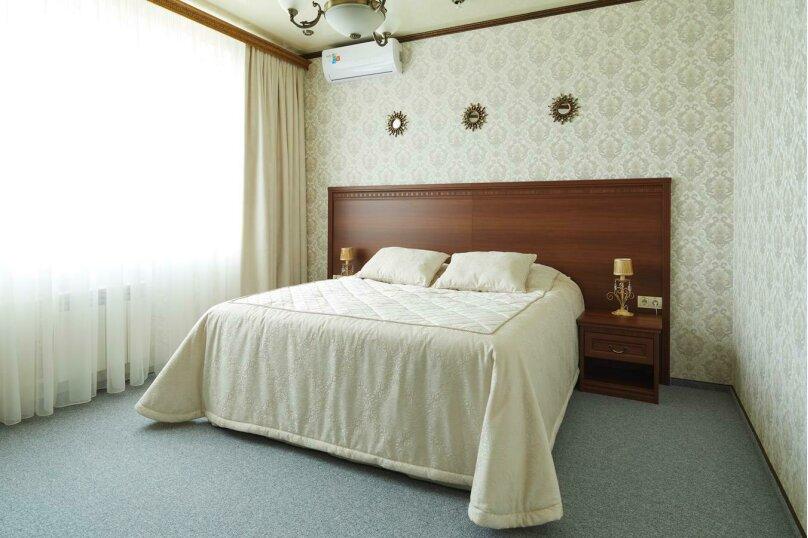 Отдельная комната, улица Мезенцева, 34, Тула - Фотография 1