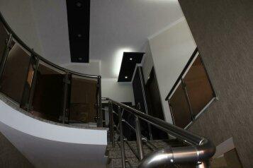 Семейный отель Majestic в Тбилиси , улица Ацкури, 58 на 12 номеров - Фотография 2