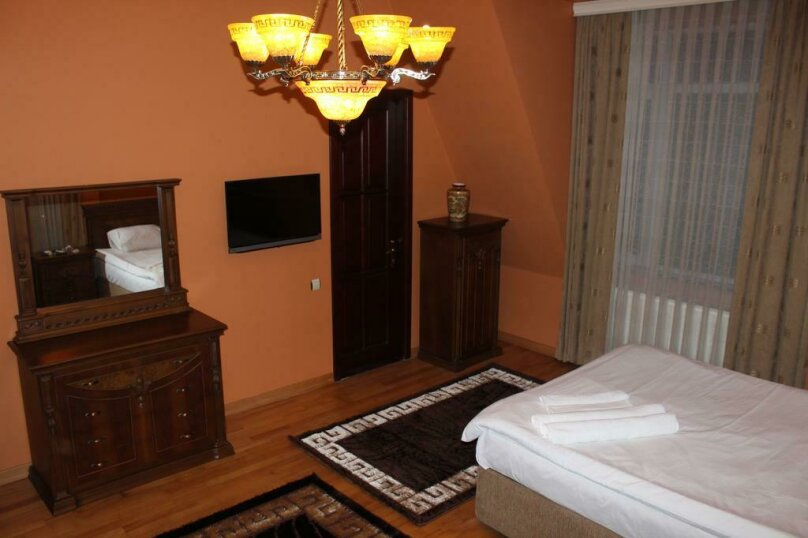 """Гостевой дом """"My Warm Guest House"""", улица Ахмеда Мелашвили, 2 на 10 комнат - Фотография 53"""