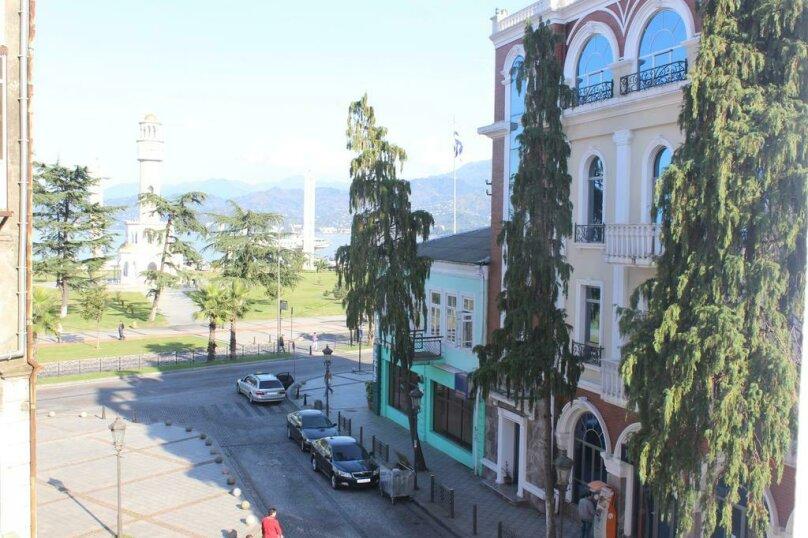 """Гостевой дом """"My Warm Guest House"""", улица Ахмеда Мелашвили, 2 на 10 комнат - Фотография 7"""