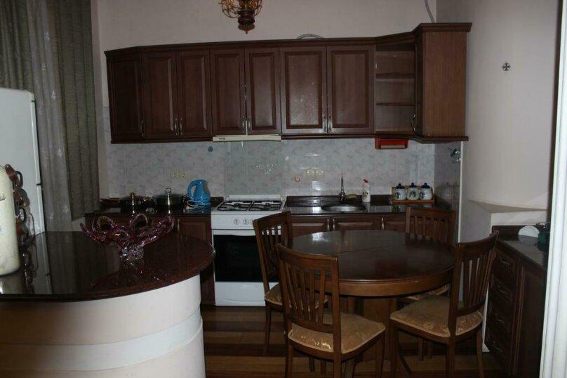"""Гостевой дом """"My Warm Guest House"""", улица Ахмеда Мелашвили, 2 на 10 комнат - Фотография 9"""