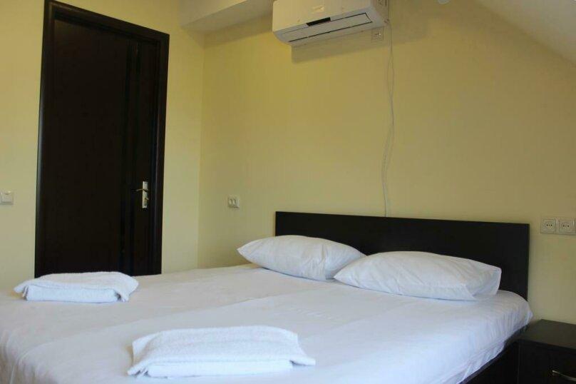 """Гостевой дом """"My Warm Guest House"""", улица Ахмеда Мелашвили, 2 на 10 комнат - Фотография 46"""