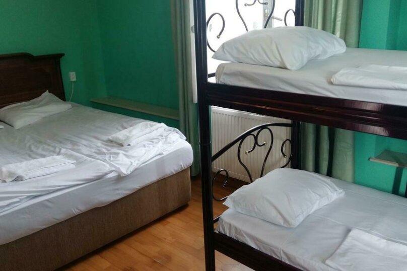 """Гостевой дом """"My Warm Guest House"""", улица Ахмеда Мелашвили, 2 на 10 комнат - Фотография 28"""