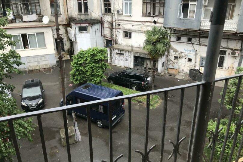 """Гостевой дом """"My Warm Guest House"""", улица Ахмеда Мелашвили, 2 на 10 комнат - Фотография 15"""