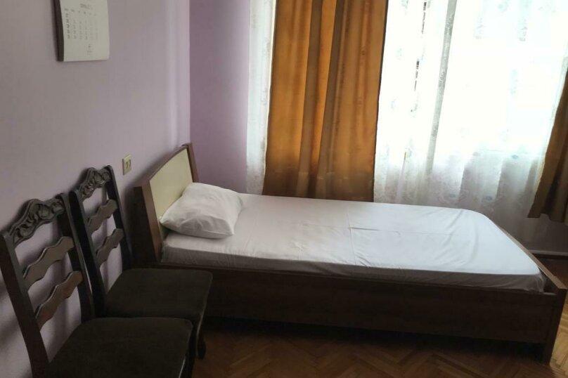 """Гостевой дом """"My Warm Guest House"""", улица Ахмеда Мелашвили, 2 на 10 комнат - Фотография 17"""
