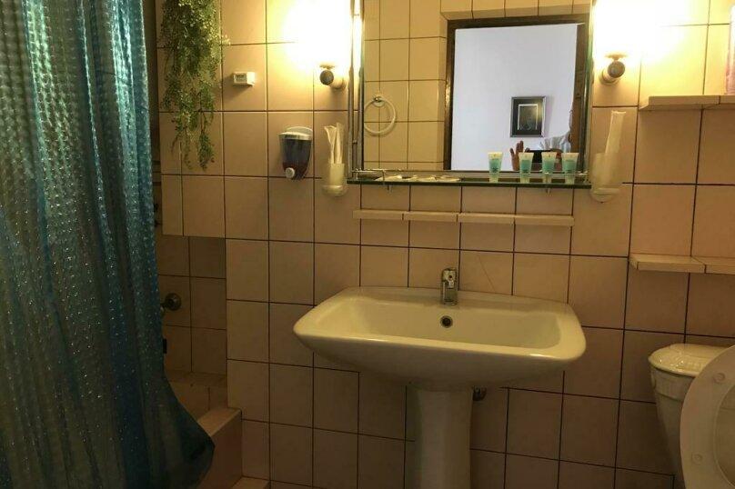 """Гостевой дом """"My Warm Guest House"""", улица Ахмеда Мелашвили, 2 на 10 комнат - Фотография 18"""